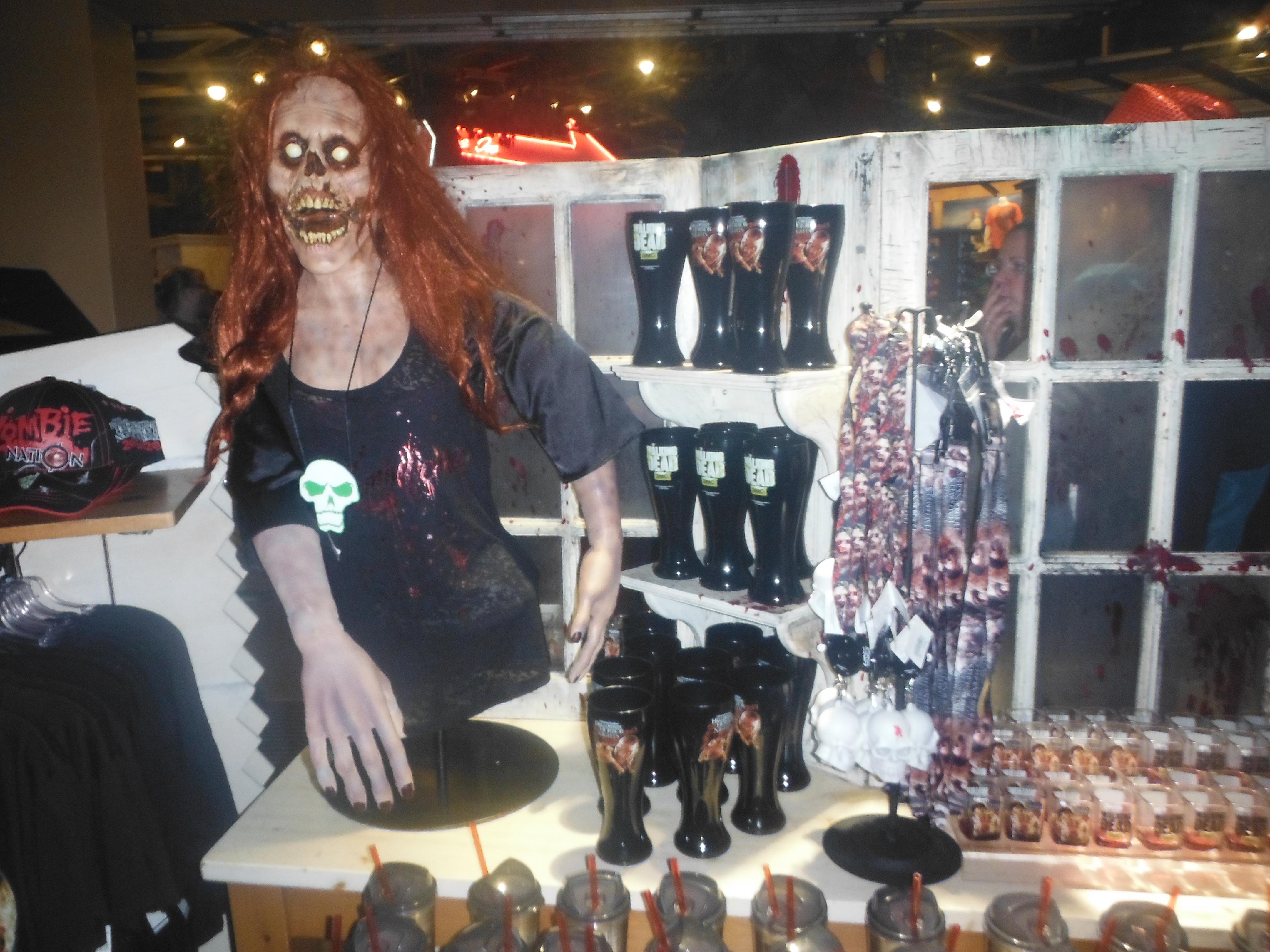 halloween horror nights, no safe zones - boonepubs