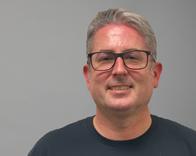 Headshot of Chris Burnett