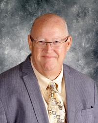 Headshot Principal Lee Parker